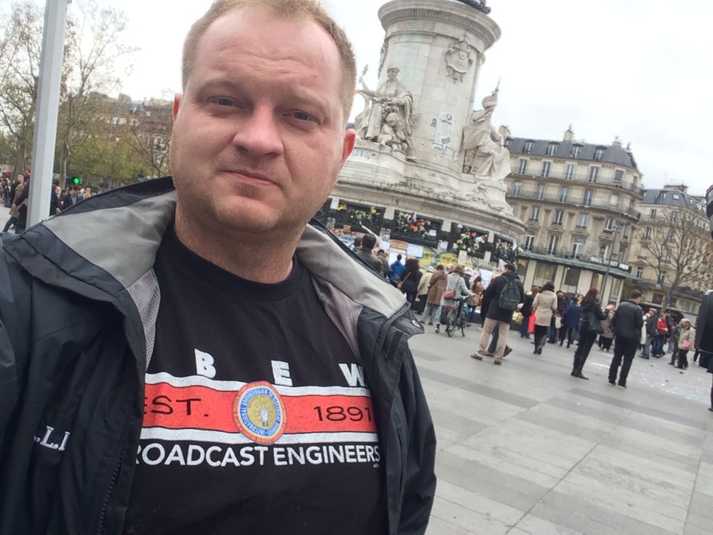 Ken Pelczar (WPIX) covering the Paris Attacks